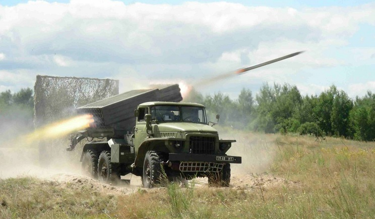 Террористы пообещали из «Градов» стереть с лица земли Луганск
