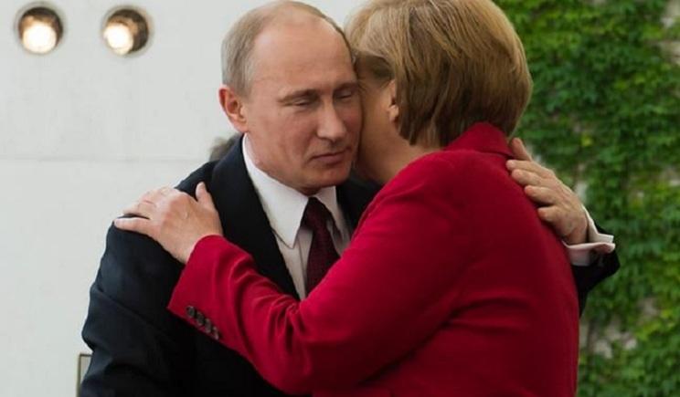 Меркель предложила Порошенко взятку, чтобы Донбасс достался террористам Путина