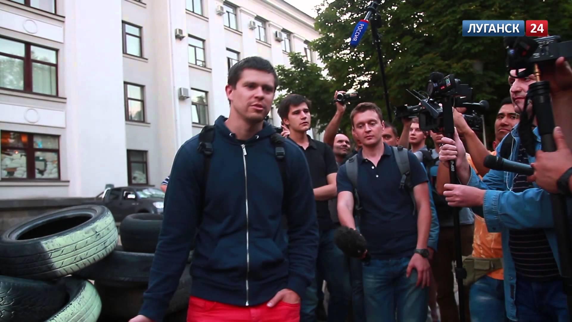 Освобожденные из плена журналисты Громадского, демонстративно отказались давать интервью российским СМИ
