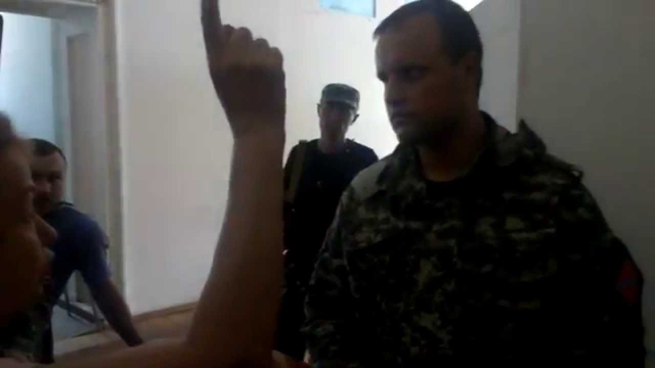 Жители Донецка требуют, чтобы террористы покинули город