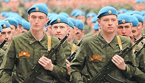 Бравые десантники РФ, после подрыва БТРа на фугасе разбежались ФОТО