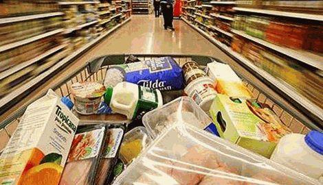 Власти РФ решили возобновить поставки продуктов из Украины в Крым
