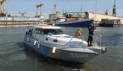 В акватории Азовского моря возле Мариуполя был обстрелян украинский катер пограничных войск