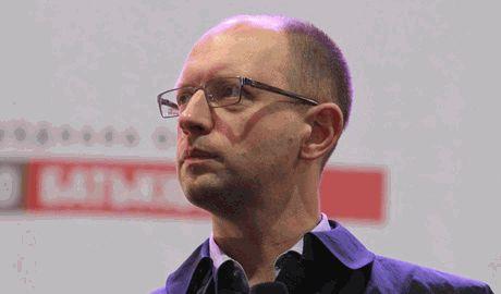 Яценюк может остаться главой правительства и начать реформировать страну, – аналитик