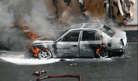Видеорегистратор зафиксировал взрыв фугаса в Донецке
