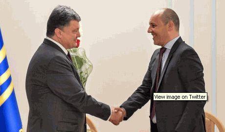 Порошенко принял отставку Парубия