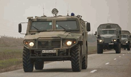 Кремль перебрасывает войска из Чечни к границе с Украиной, – источник