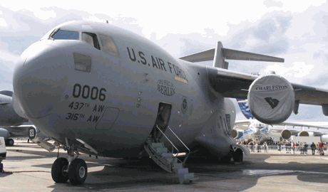 В Харькове приземлился транспортный самолет НАТО ВИДЕО