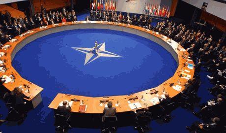 Никаких заявлений по использованью оружия в Украине, НАТО не делало