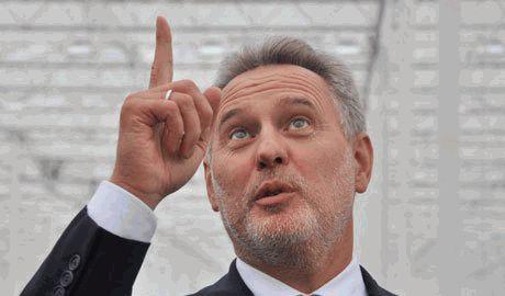 Олигарх Фирташ не может определиться, чью сторону в конфликте на востоке Украины принять ВИДЕО