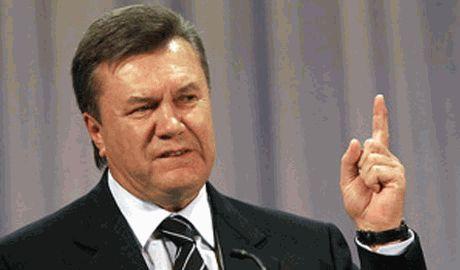 Террористы в Донецке, усиленно охраняют резиденцию Виктора Януковича ВИДЕО
