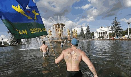 Во время празднования дня ВДВ в Москве утонул десантник