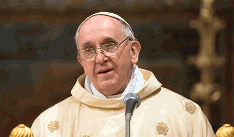 КНДР встретила приезд Папы Римского, салютом из ракет малого действия