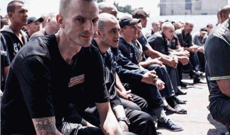Власти РФ предлагают зекам амнистию, если те вступят в ополчения ДНР сроком на один год