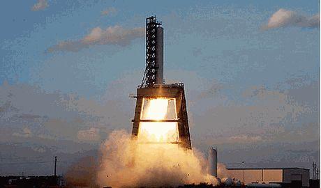 В США  на первых секундах испытания взорвался ракетоноситель Видео