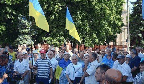 В Славянске прошел марш в поддержку Единства Украины