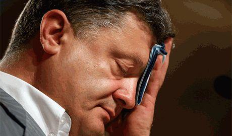 США согласились посодействовать в вопросе гуманитарной помощи для Луганска, – Порошенко