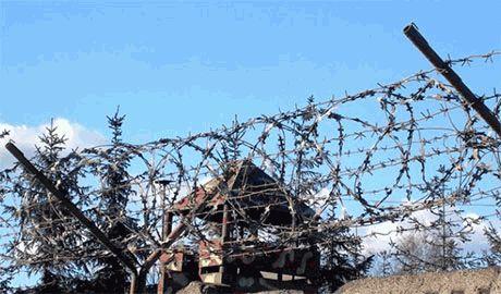 """Узнав, что их хотят """"призвать"""" в """"ополчение"""" ЛНР, беглые зэки из Донецкой колонии добровольно возвращаются в тюрьму"""