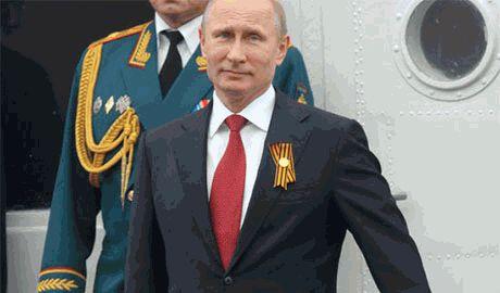 В Севастополе Путина встречали радостными визгами и криками «Путин дави фашистов»