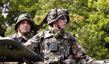 ФСБ и ГРУ отводят своих диверсантов в Крым