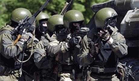 Украинские спецназовцы уничтожает мелкие группы боевиков в Донецке – главари ДНР бежали поближе к границе с РФ
