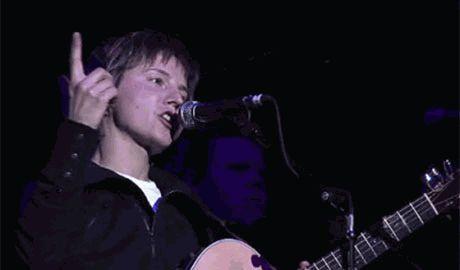 Макаревич и Сурганова дадут благотворительный концерт в помощь детям-беженцам Донбасса