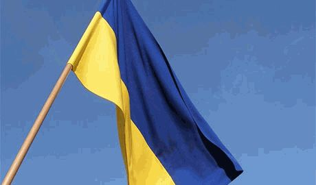 Жители Северодонецка рассказали, что боевики ЛНР заставляли местных вытирать ноги о флаг Украины