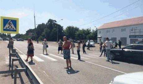 Жители освобожденного Родаково российских наемников называют не «ополченцами», а «ОПУЩЕНЦАМИ»