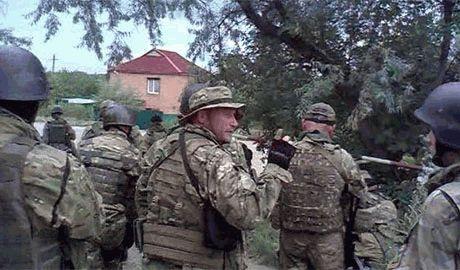 Силами АТО успешно отбита атака боевиков под Донецком. Потерь среди украинских силовиков нет, – Ярош