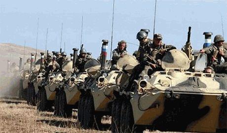 Амвросиевку оккупировали войска РФ без знаков отличия