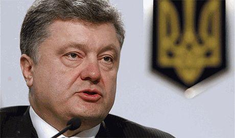 Порошенко нервничает и не знает как реагировать на планы РФ отправить в Украину новый «гуманитарный конвой»