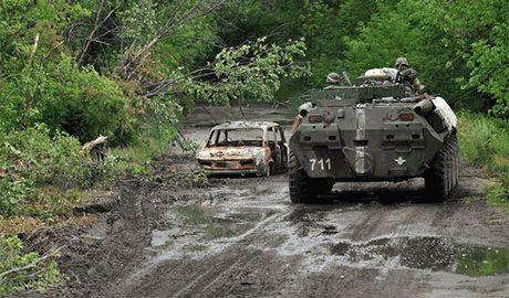 Под Иловайском силы АТО контратакуют и берут пленных