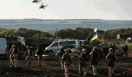Нас круглосуточно накрывают артиллерией, минометами и «Градами». Почти два батальона уничтожены, — боец 79-й бригады
