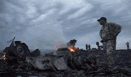 На месте крушения «Боинг 777» террористы создают «мощный укрепрайон», – СНБО