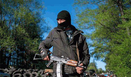 Террористы ЛНР превратили  в крепость город Стаханов на Луганщине