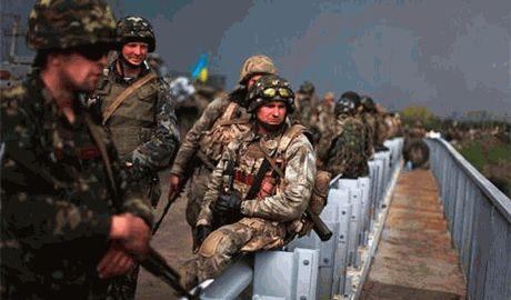 Силами АТО под Горловкой уничтожена колонна тяжелой техники боевиков ДНР