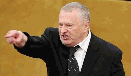 """Жириновский предложил отменить выборы в РФ и назначить Путина """"Верховным правителем"""""""