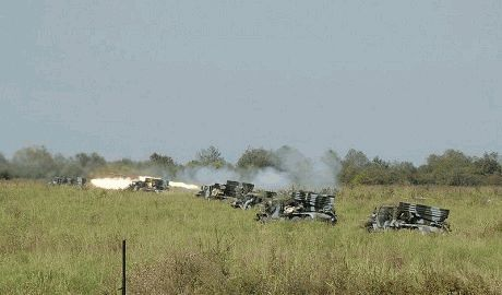 Российские военные по 4 часа обстреливают силы АТО из «Градов» — СНБО