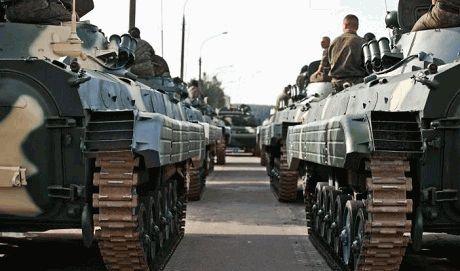 В ближайшее время из России может начать прорыв огромная колонна техники – СНБО