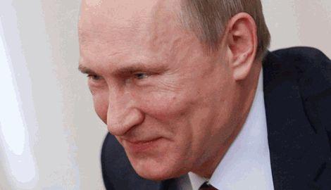 Путин уверен, что его 64-летнее тело сведет с ума любого гея /из интервью О.Стоуну/