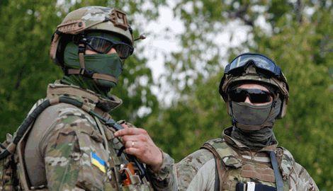 Украинский спецназ своих не оставляет