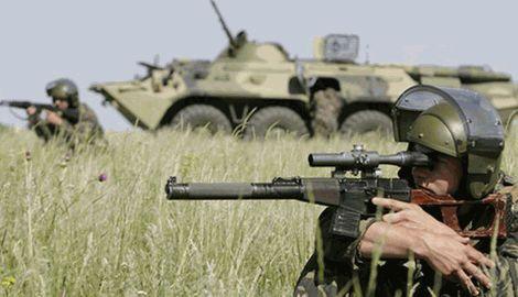 После неудач в Донецком аэропорту, Кремль перебросил на границу с Украиной спецназовцев из Северной Осетии и Пскова
