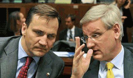Бильдт и Сикорский: прощание с активистами, с которыми повезло Украине