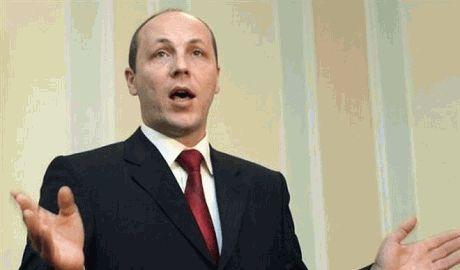 Войну на Донбассе можно закончить общеукраинской мобилизацией – Парубий