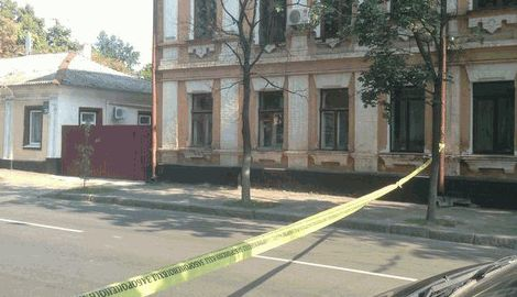 Теракт в Харькове, неизвестные расстреляли военкомат с  гранатомета
