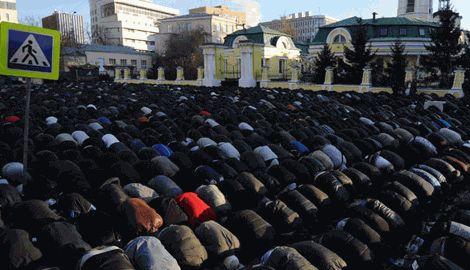 """Мусульмане РФ за запрет строительства мечети угрожают власти """"Майданом как в Украине"""""""