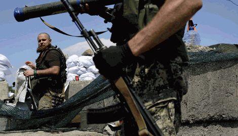 """Боевики-дезертиры """"ДНР"""" возвращают некоторые регионы РФ в бурные 90-е"""