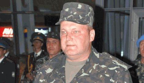 Если нет бронежилетов надевайте крышки от канализационных люков, — генерал Колесник бойцам в зоне АТО