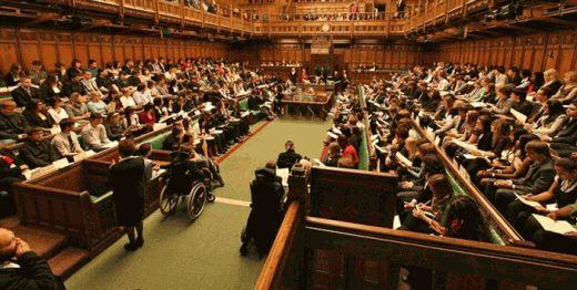 Канадский парламент стоя аплодировал Порошенко