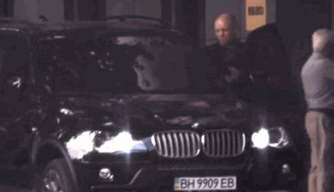 Одесский военный комиссар во время войны ездит на BMW X5